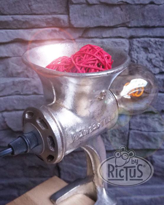 Lampe hachoir à viande